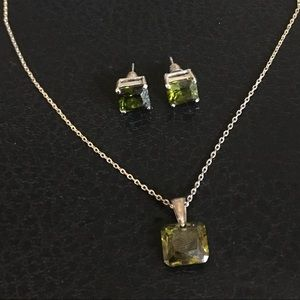Matching Necklace & Earrings!